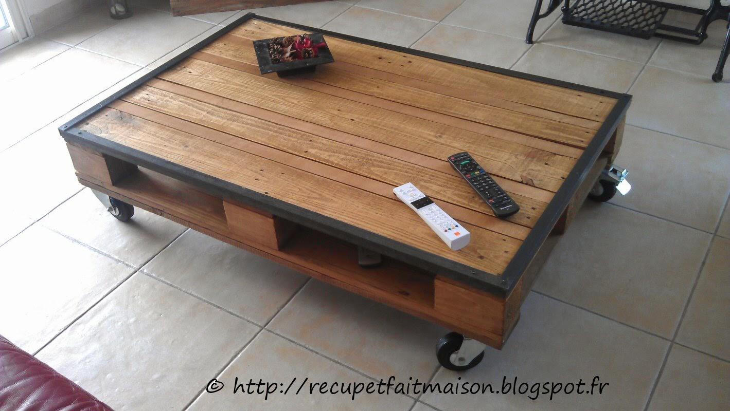 Table basse avec palette de chantier