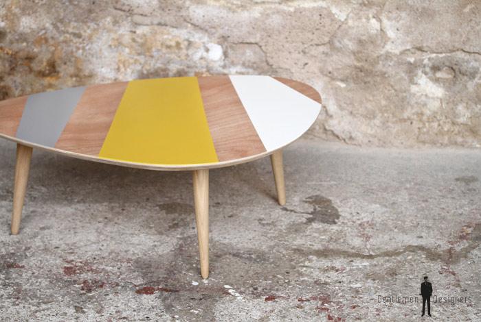 Table basse jaune -