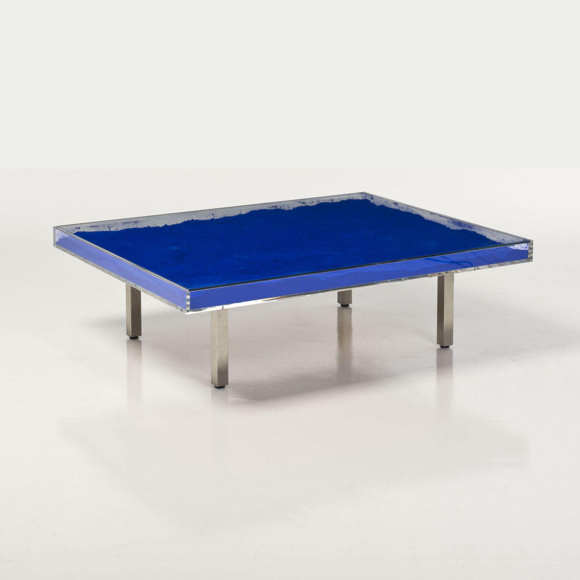 Table basse yves klein