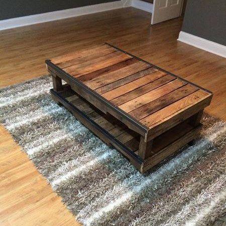 table basse en palette de chantier lille maison. Black Bedroom Furniture Sets. Home Design Ideas