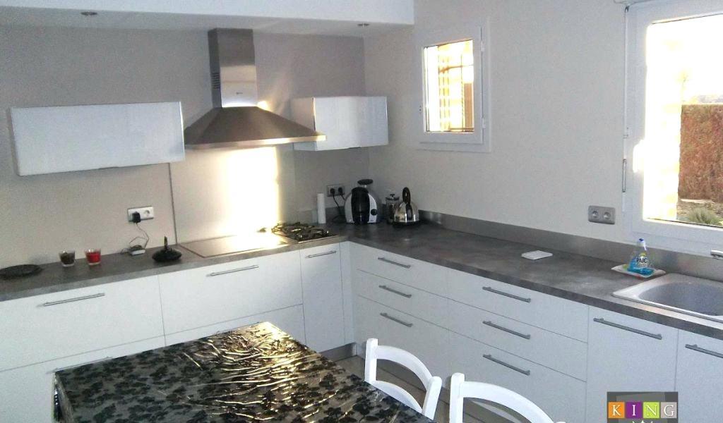 cuisine blanche plan de travail anthracite lille menage. Black Bedroom Furniture Sets. Home Design Ideas