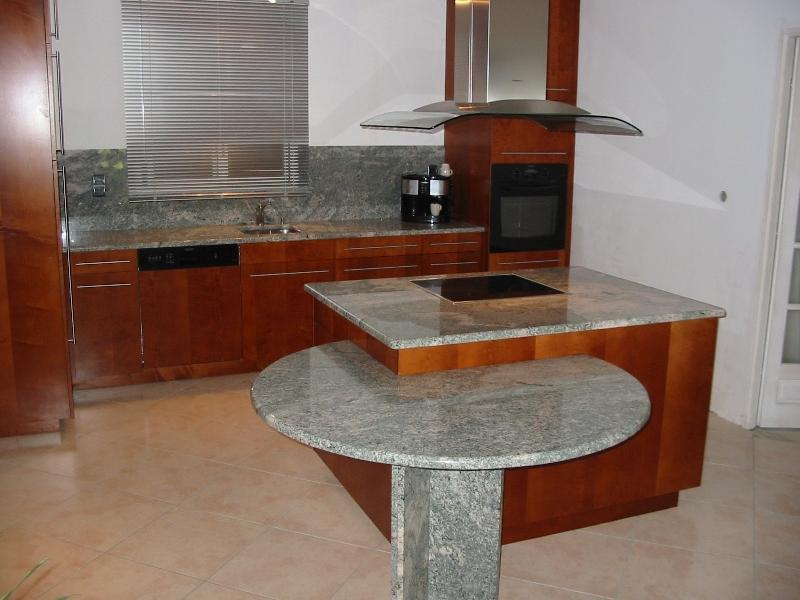 cuisine grise plan de travail marbre lille maison. Black Bedroom Furniture Sets. Home Design Ideas