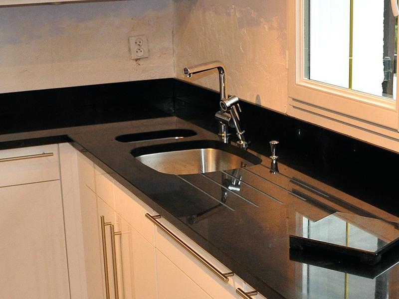 plan de travail granit noir zimbabwe avis lille maison. Black Bedroom Furniture Sets. Home Design Ideas