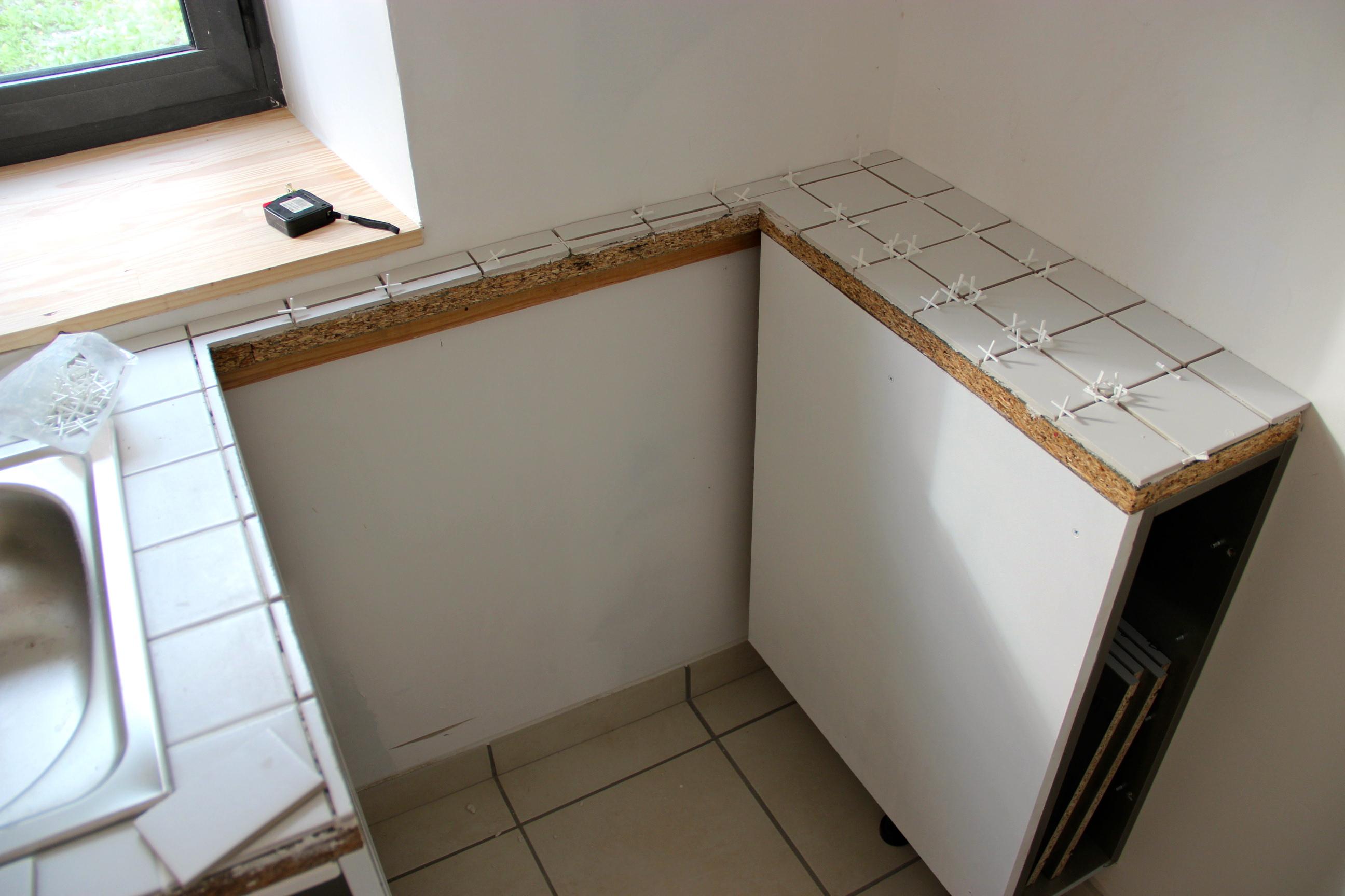 moulure plan de travail inox lille maison. Black Bedroom Furniture Sets. Home Design Ideas