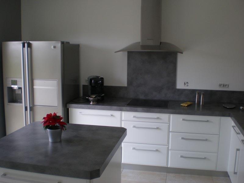 quel plan de travail pour une cuisine blanc laqu lille. Black Bedroom Furniture Sets. Home Design Ideas