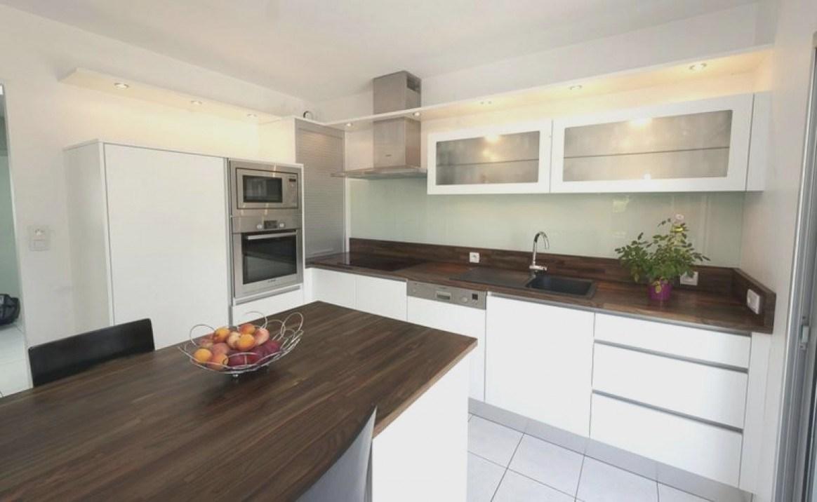 cuisine blanche plan de travail weng lille maison. Black Bedroom Furniture Sets. Home Design Ideas