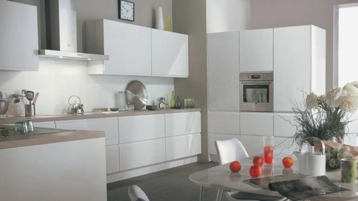idee deco pour cuisine blanche lille maison. Black Bedroom Furniture Sets. Home Design Ideas
