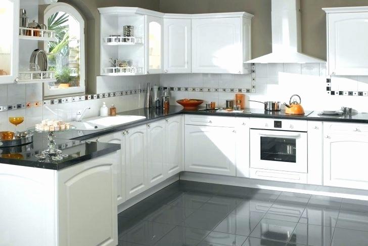 Modele cuisine blanche et bois lille maison - Modele cuisine amenagee ...
