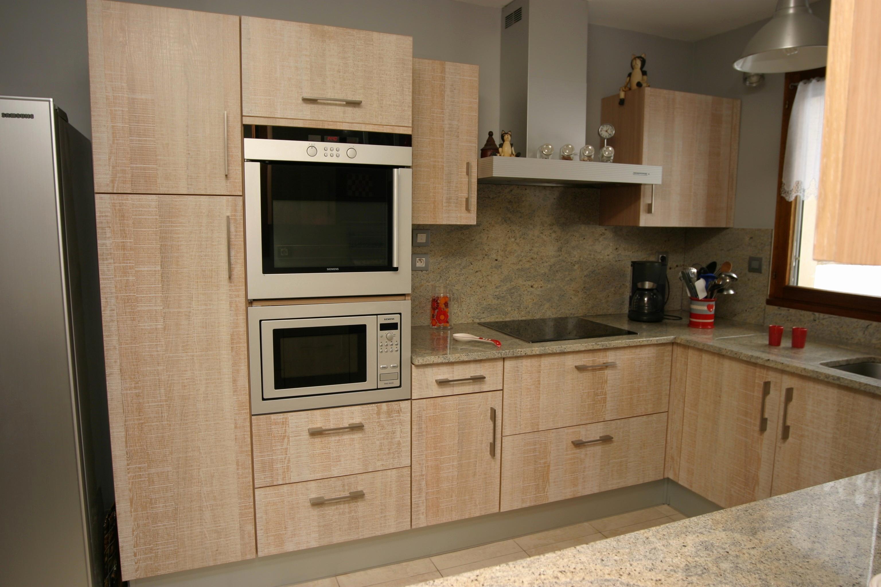 Modele cuisine en bois moderne