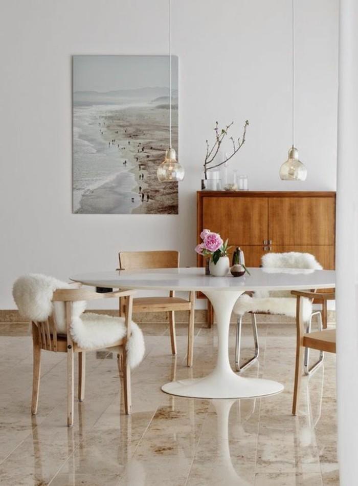 Table de cuisine ronde en bois blanc